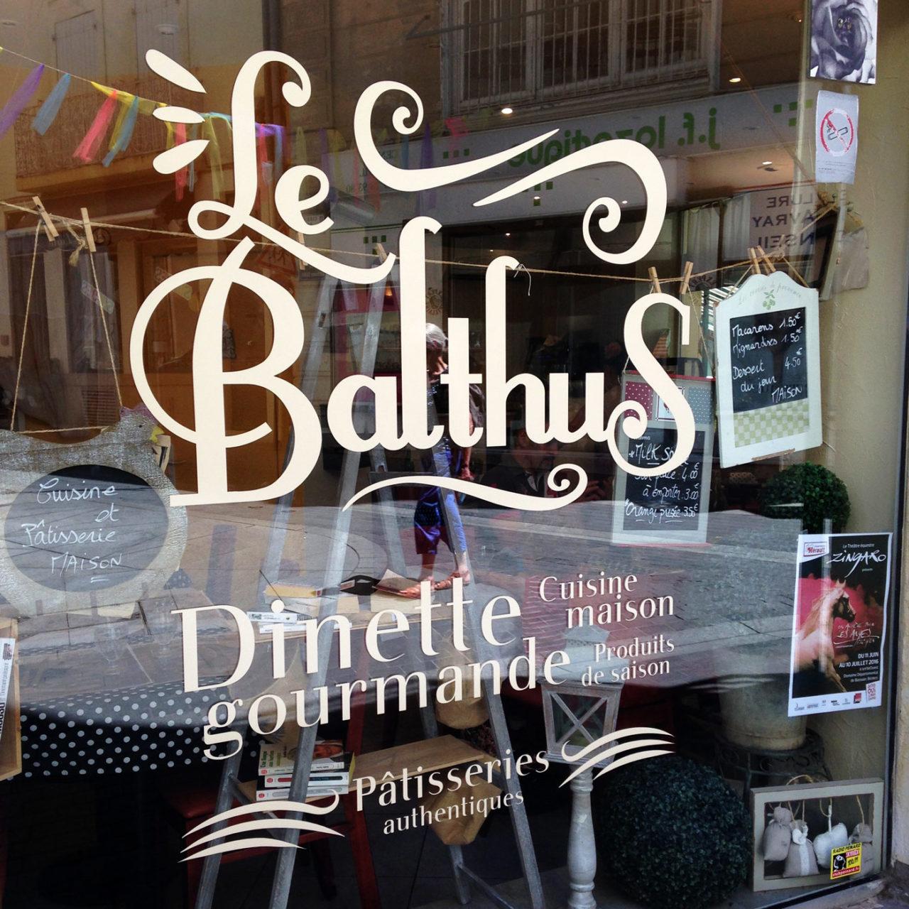 Habillage vitrine Le Balthus
